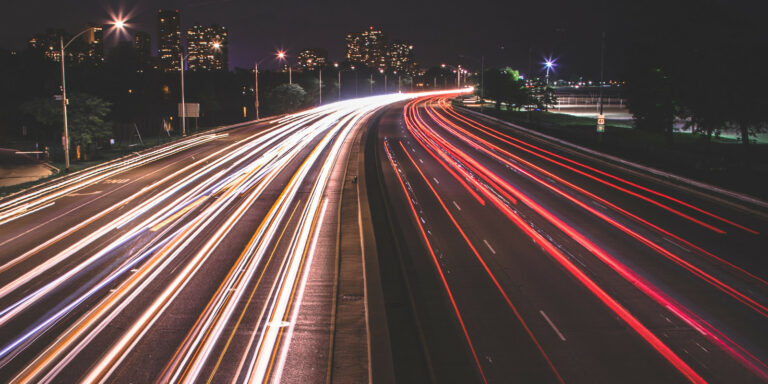 Midiendo velocidad con Grafana, Telegraf, InfluxDB, Docker y Speedtest